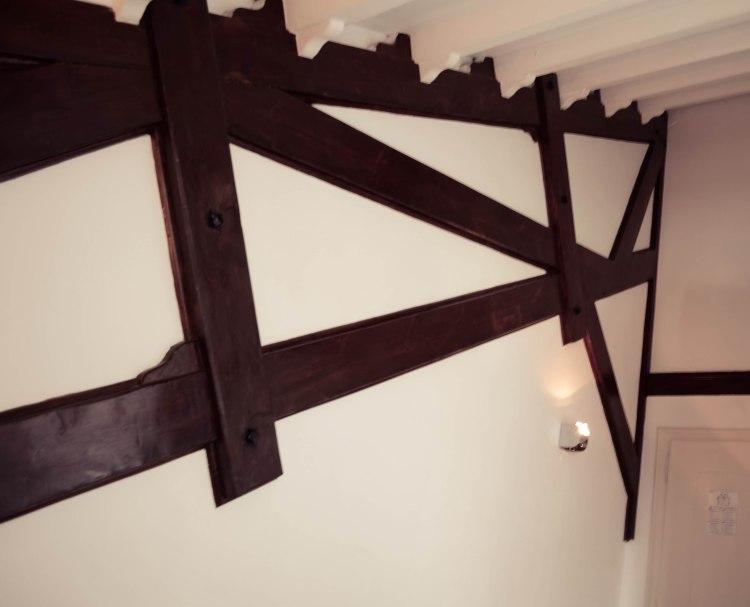 Sea View Room Farol Design Wood Beams