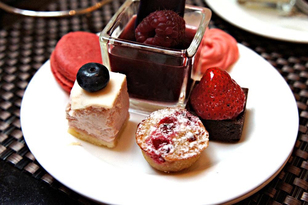 Hotel Adlon Cafe